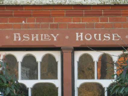 Ipswich Historic Lettering: Broom Hill Rd 15