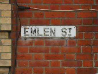 Ipswich Historic Lettering: Emlen St sign