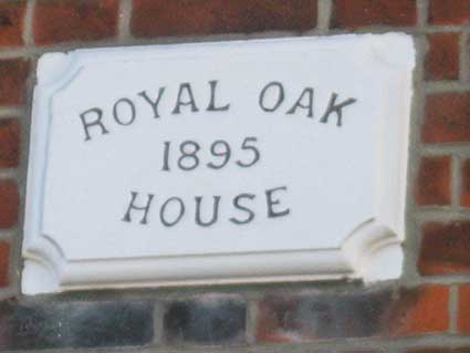 Ipswich Historic Lettering: Royal Oak 2