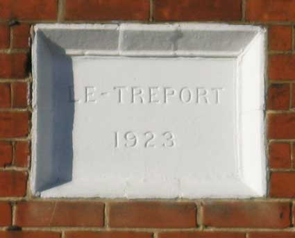 Ipswich Historic Lettering: Le-Treport 2