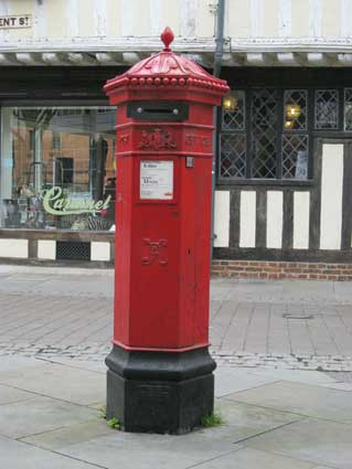 Ipswich Historic Lettering: Pillar box 1