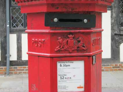 Ipswich Historic Lettering: Pillar box 3