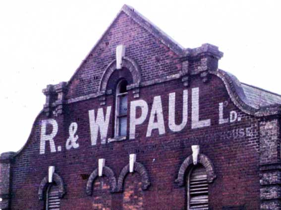Ipswich Historic Lettering: R & W Paul maltings - period