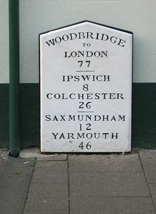 Ipswich Historic Lettering: Woodbridge milestone 2015